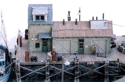 Ho Scale Kit Waterfront Series Dockside Fuel Amp Oil Boat