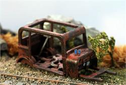 HO scale vehicle rusting away