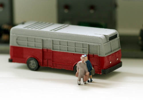 N Scale Kit 1940's-50's Era CITY TRANSIT BUS, Style #1